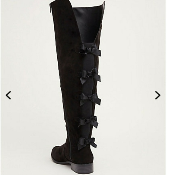 3ceaab91aea 11 Wide Torrid Bow Back Over The Knee Boots